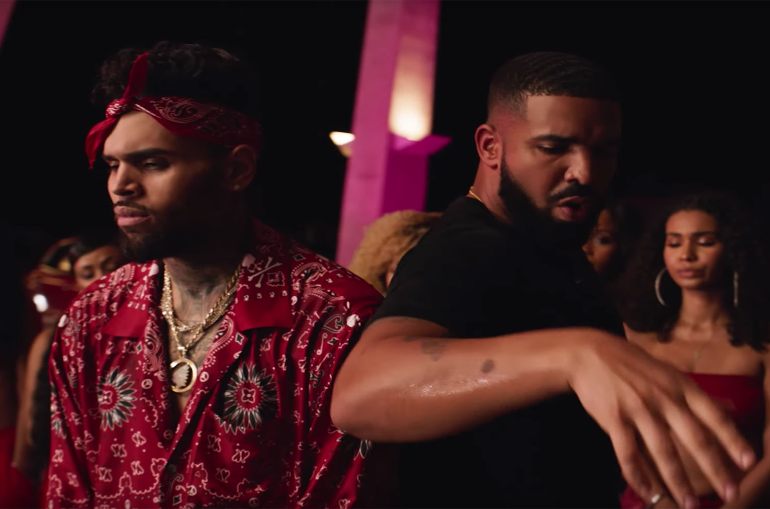 photos/chris-brown-drake-Chris-Brown-No-Guidance-2019-billboard-1548.jpg