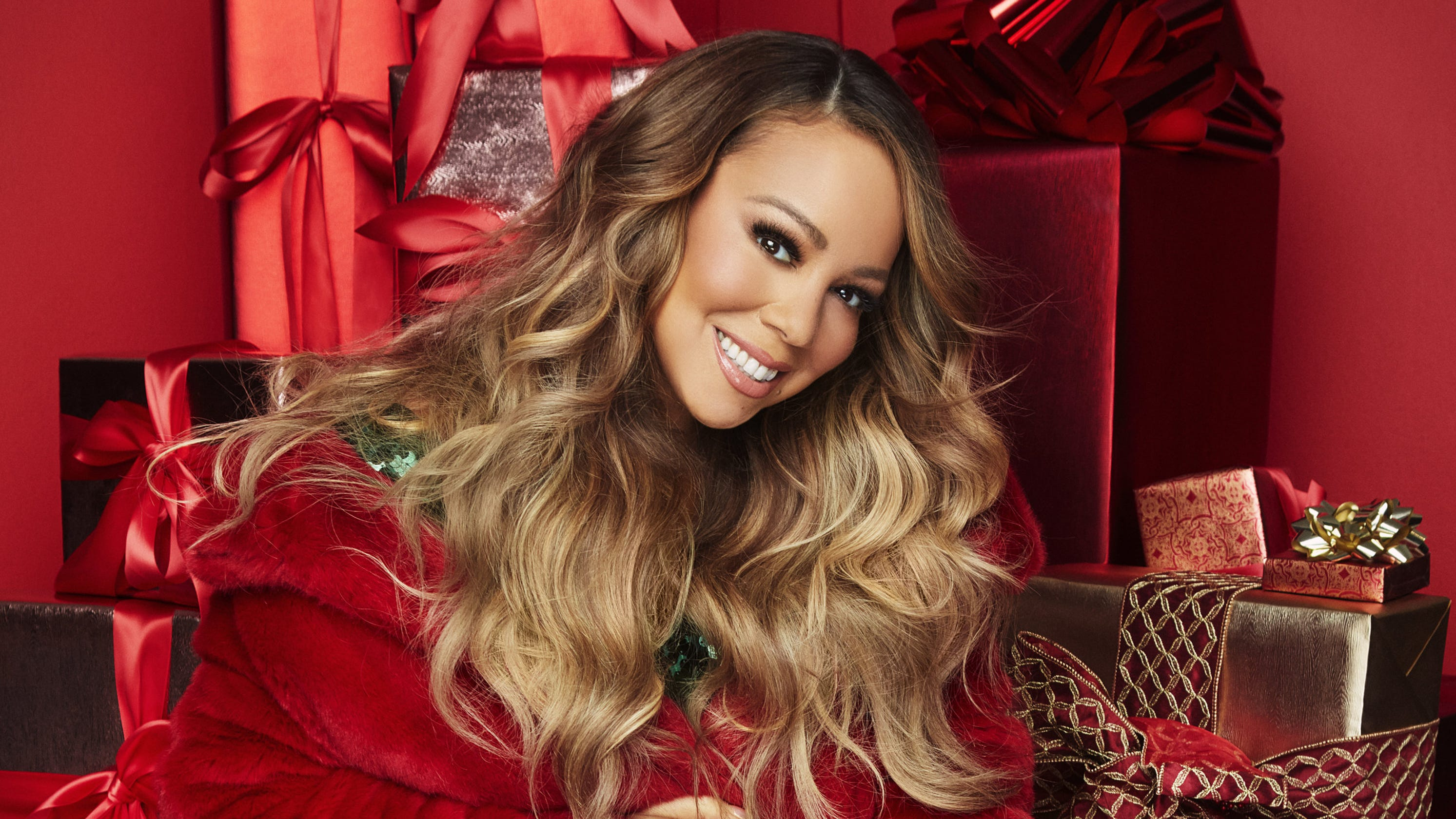 photos/mariah-carey-on-all-i-want-for-christmas-is-you-turning-25-i-dont-acknowledge-time.jpg