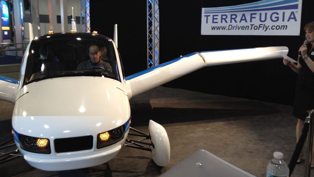 photos/terrafugia-flying_car_cropped.jpg